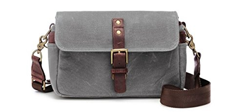 best gifts for photographers messenger bag